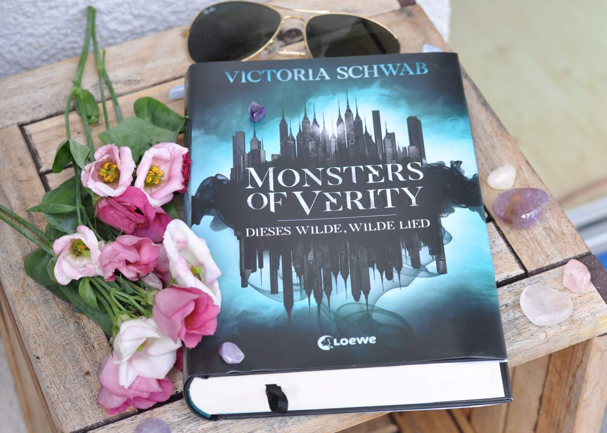 Monsters of Verity - Dieses wilde, wilde Lied Urban-Fantasy über Sünde und Moral und das Verschwimmen von Gut und Böse #fantasy #buchtipp #lesen #urban #monster