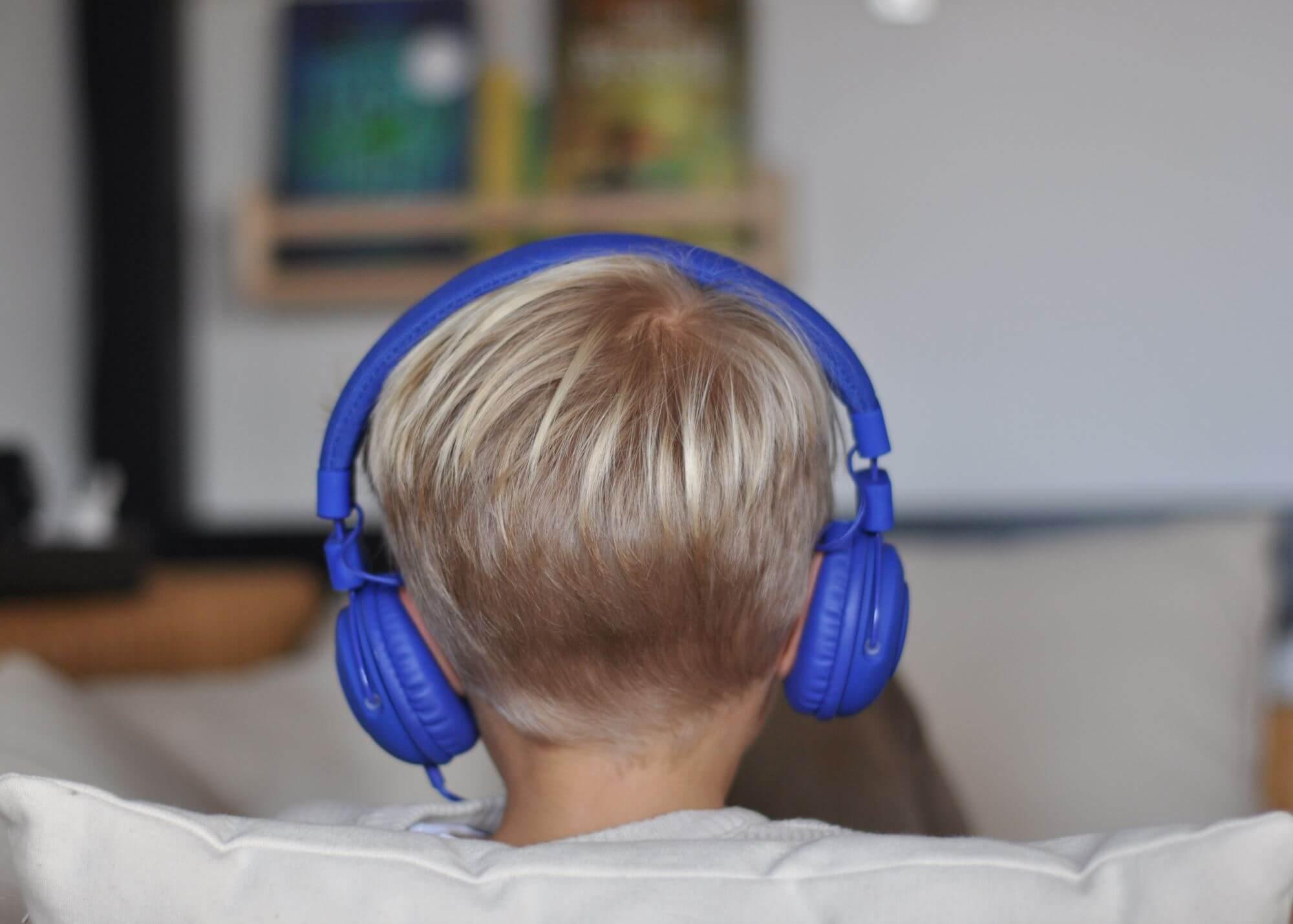 Wenn Mama nicht vorlesen mag, gibt es was auf die Ohren. Wir haben die Hörbücher bei Audible entdeckt.**Werbung ** #Hörbuch #Hörsüiel #Kinder #Kinderbuch #audible