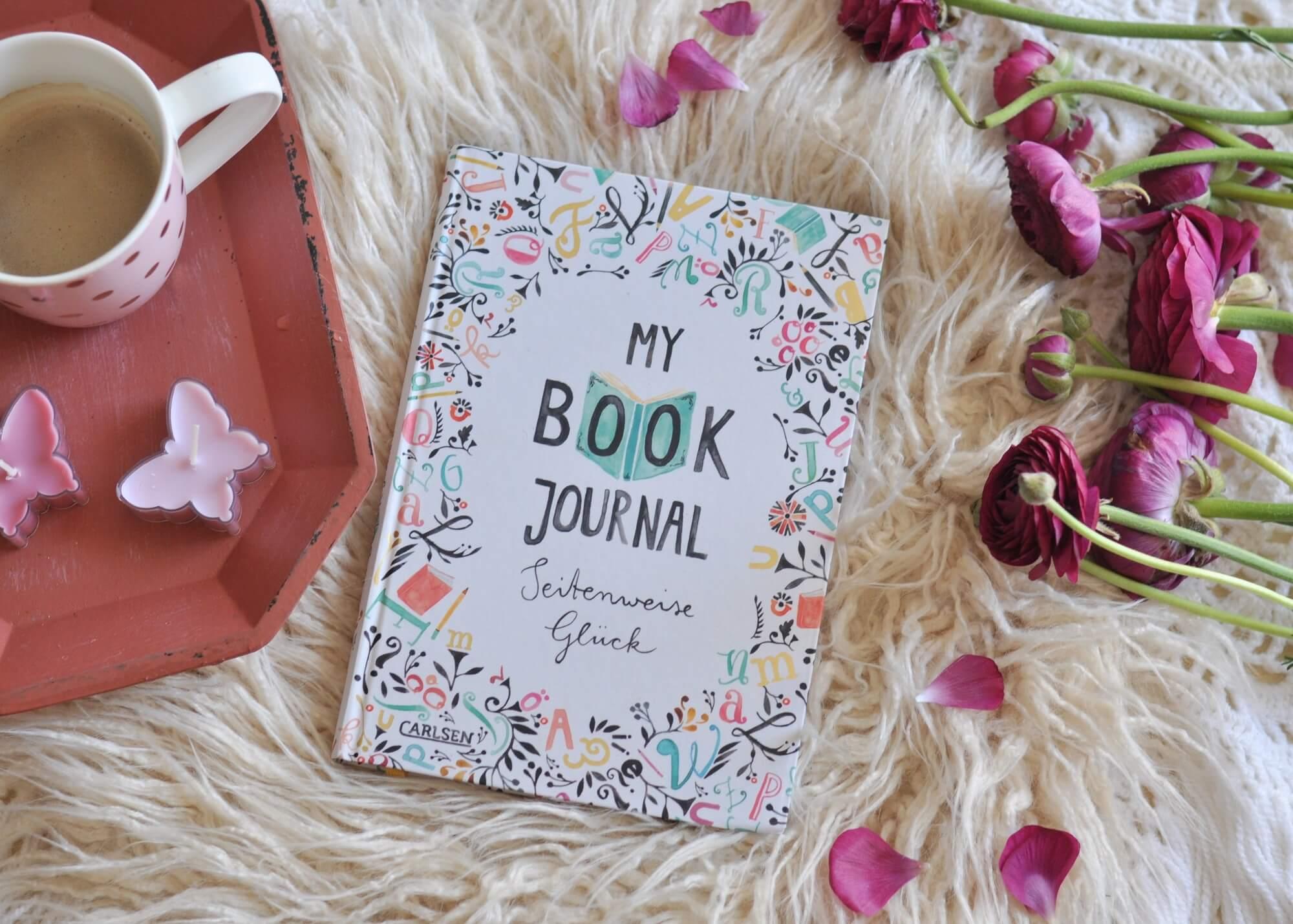 """Ein Buch für Buchliebhaber! In diesem """"Freundebuch"""" finden nicht nur Gedanken und Erinnerungen an gelesene Bücher, sondern auch Zitate, Verleihlisten ihren Platz. Jede Seite ist liebevoll illustiert. #buch #geschenk #lesen #leseliste #posiealbum #freundebuch #geschenk"""