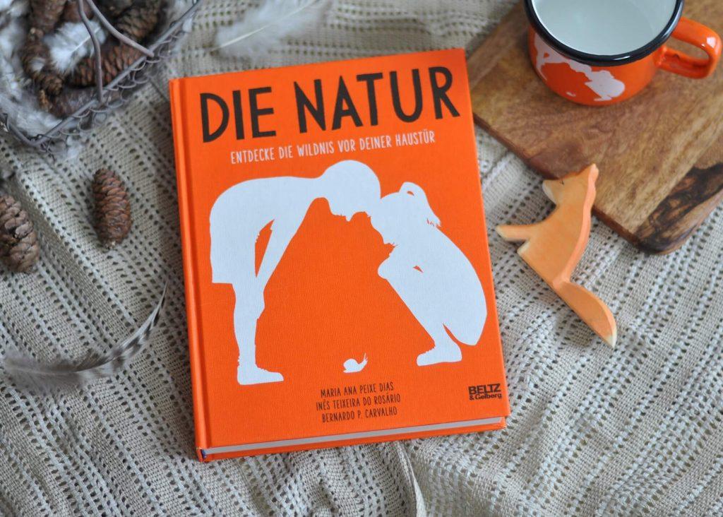 Die Natur vor der Haustür entdecken, Spuren suchen, Schätze sammeln, Tiere beobachten und Fragen beantworten. Für Forscher ab 8 Jahren. #natur #tiere #entdecken #experimente #kinder #sachbuch #lexikon