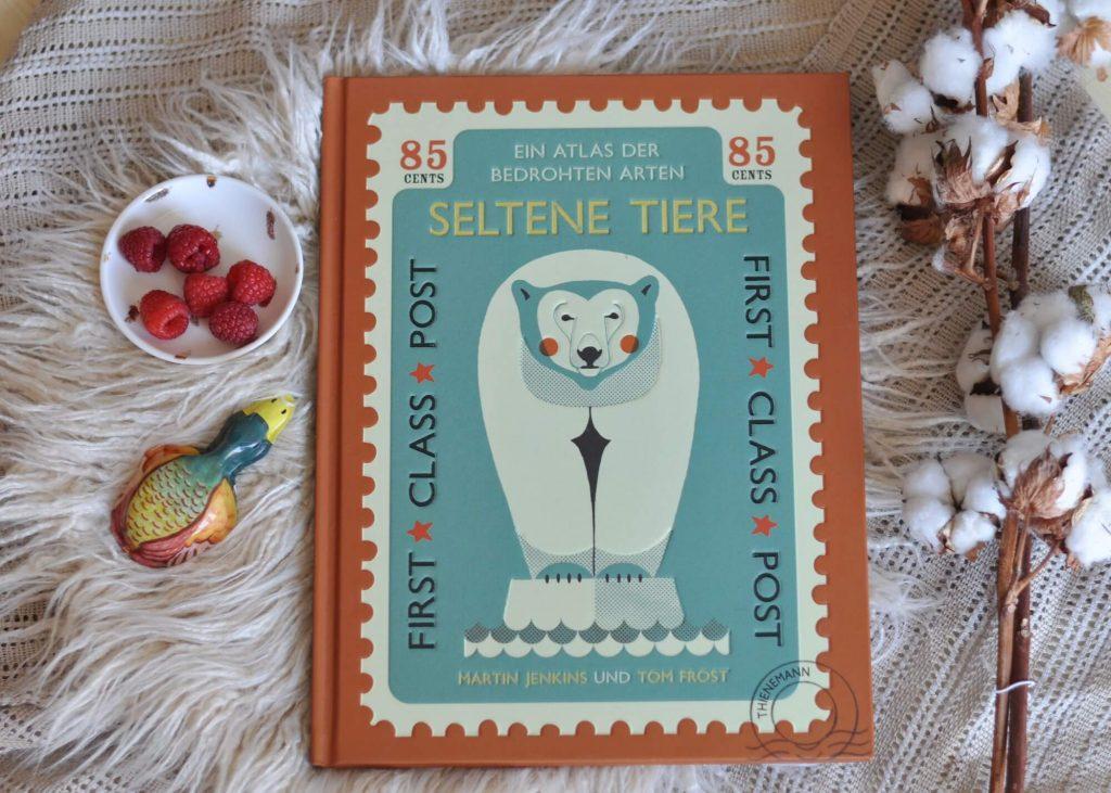 Diese wundervoll illustrierte Sammlung stellt 30 bedrohte Tierarten vor. Ein Appell gegen das Artensterben für Kinder ab 5 Jahren. #kinder #sachbuch #buch #tiere #bedroht #selten #briefmarke #bilderbuch