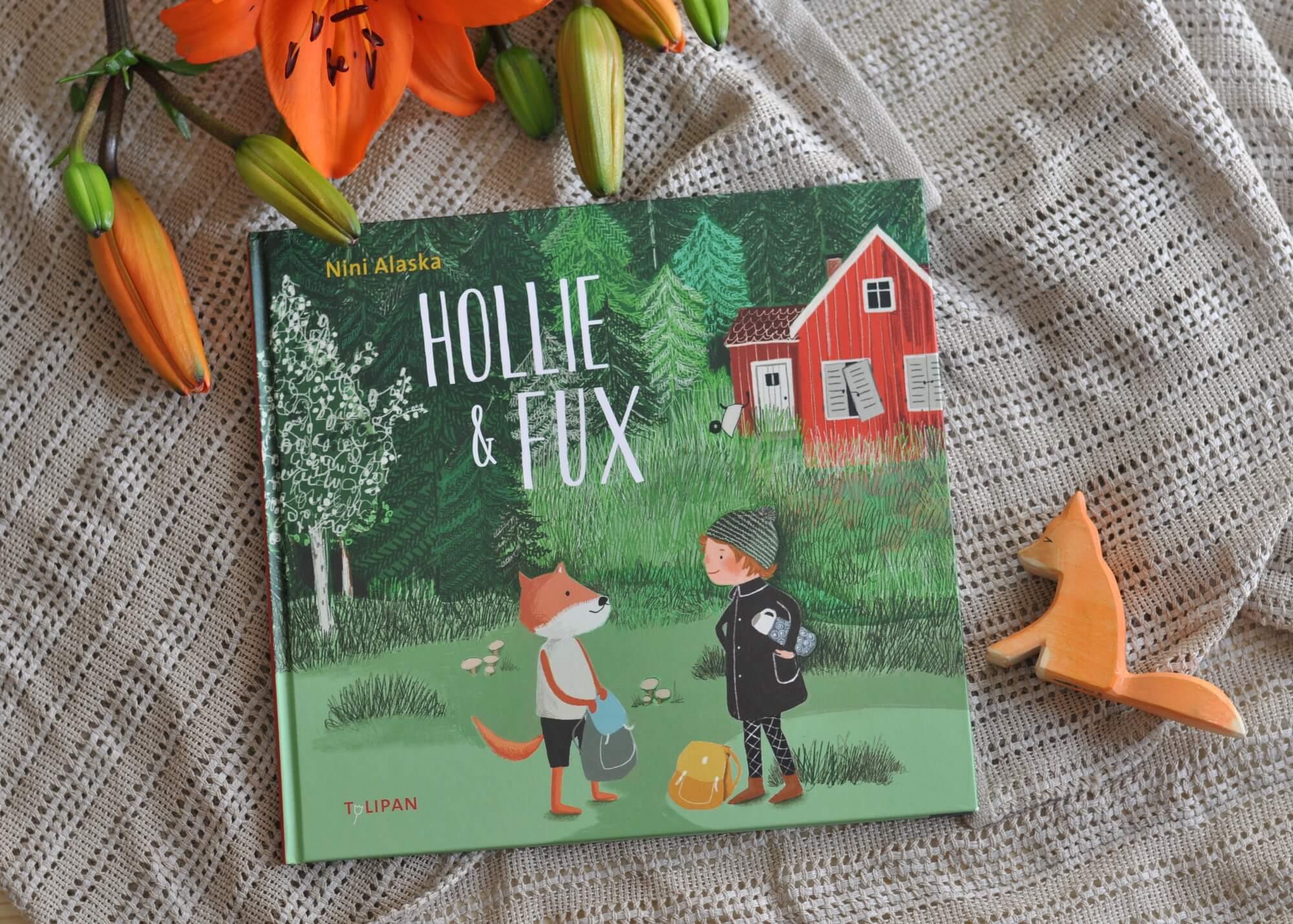 Hollie lebt bei ihrer Großmutter in einer kleinen schwedischen Stadt. Doch Hollie ist einsam, denn ihre Eltern sind als Schauspieler beruflich viel unterwegs, nur an Geburtstagen schauen sie vorbei. Als Hollie eines Tages Fux kennenlernt und dieser zu ihr und ihrer Großmutter zieht, ändert sich einiges. #familie #freundschaft #elternsein #einsam #kind #vorlesen #schweden #bilderbuch