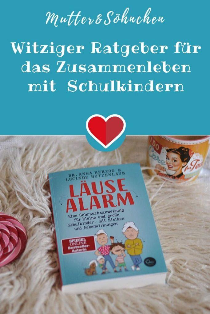 Ärztin Dr. Anna Herzog und Heilpraktikerin Lucinde Hutzenlaub haben ihr medizinisches Fachwissen und ihre Erfahrungen als leidgeprüfte Mehrfachmütter zusammengeworfen. Herausgekommen ist ein lustiger und hilfreicher Wegweiser durch die echten und eingebildeten Krankheiten von Schulkindern. #schule #pubertät #schulkind #krankheiten #zocken #medien