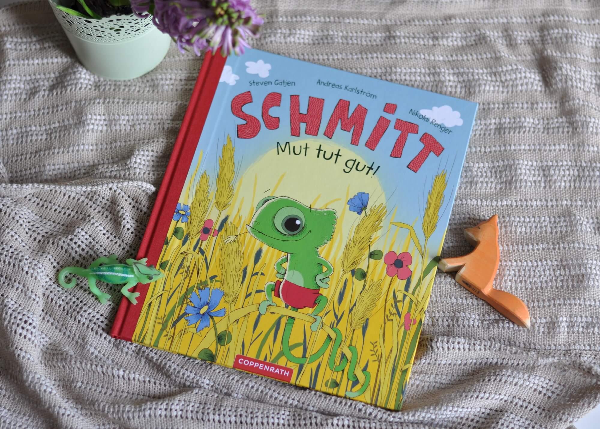 Schmitt nimmt vieles viel zu wörtlich und tappt so von einem Fettnäpfchen ins nächste. Richtig blöd läuft die Sache mit der Füchsin im Hühnerstall. Oh weia, dabei wollte Schmitt doch eigentlich nur helfen. Und plötzlich ist ein Huhn in großer Gefahr. #chamäleon #fuchs #lesen #bilderbuch #kinder #mut #selbstvertrauen #rettung