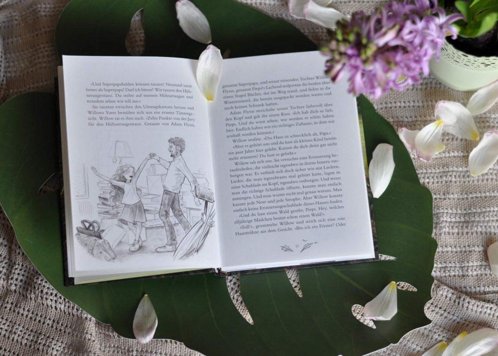 """Was soll Willow denn mit dem Wald anfangen, den sie von ihrer Tante Alwina geerb hat? Und nicht nur den - ihre Tante hat Willow auch noch ein kleines windschiefes Häuschen hinterlassen und ihre Hexenkraft """"Feuer"""". Doch Willow ist sich unsicher, ob sie dieses Erbe, mit allem was dazu gehört, annehmen möchte. #natur #wald #hexe #magie #freundschaft #buch #kinder #lesen"""