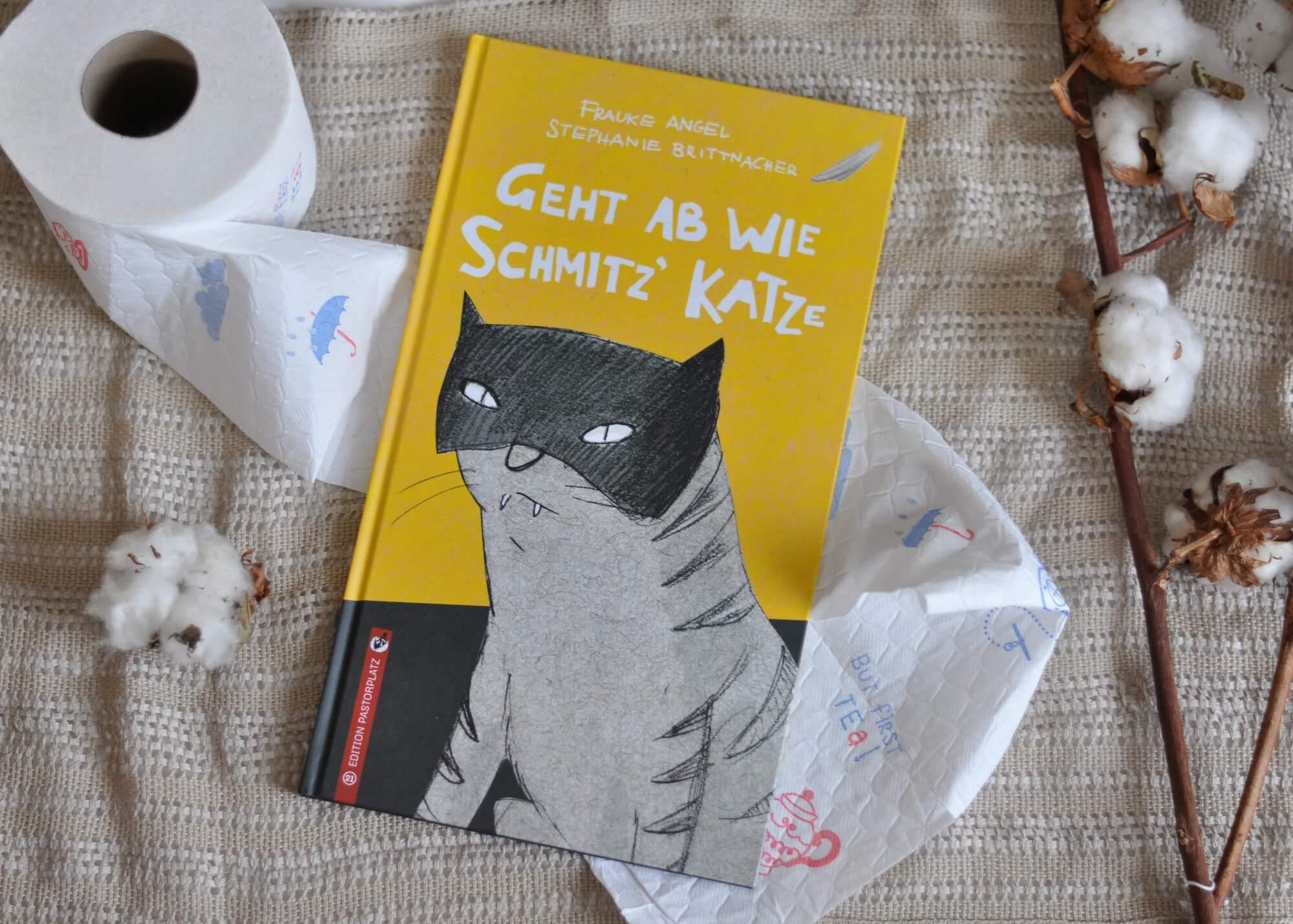 Mama Schmitz streikt! Und alles fing damit an, dass Schmitz' Katze auf den Küchenboden gekotzt und Papa Schmitz eine dumme Bemerkung gemacht hat. Und nun hat Moritz, seine Zwillingsgeschwister und sein Papa den Salat: Mama hat ihre Forderungen in einem Brief hinterlassen und es sich im Garten gemütlich gemacht. #vorlesen #familie #alltag #mama #mentaload #haushalt #helfen #regeln #lesen