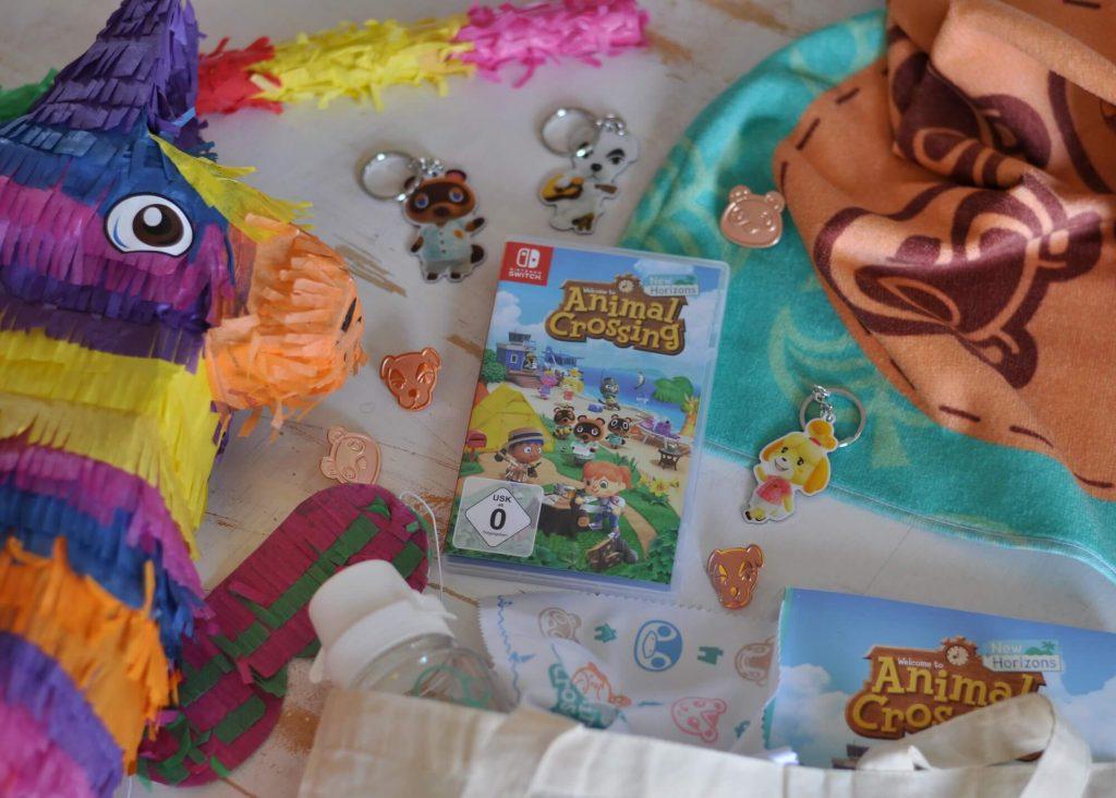 Das Glück wartet nur eine kurze Flugreise per Dodo Airlines entfernt. Hat man in Animal Crossing: New Horizons seinen Charakter erstellt und ist man auf seiner Insel angekommen, beginnt man gleich mit der Erkundung.  Bewaffnet mit einem Zelt, einem nützlichen NookPhone mit vielen Apps und ganz viel Abenteuerlust kann man aus dem idyllischen Inselchen sein Zuhause gestalten.  #nintendo #switch #spiel #game #famillie #insel #party #minecraft #zocken