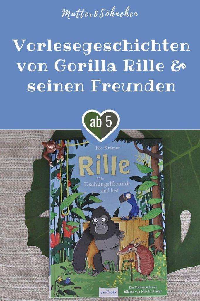 Rille, der kleine Gorilla, ist in einer Kiste im Dschungel gelandet. Eigentlich sollte er in einen neuen Zoo gebracht werden, aber das hat irgendwie nicht geklappt. Und das ist auch gut so, denn im Dschungel ist alles herrlich grün, es duftet so gut und Rille hat neue Freunde gefunden. Mit der Gürteltier-Dame Tatu und Papagei Pepe erlebt er die tollsten Abenteuer. #groliia #affe #dschungel #kinder #buch #vorlesen #lesen #lustig #illustration #tiere #freundschaft