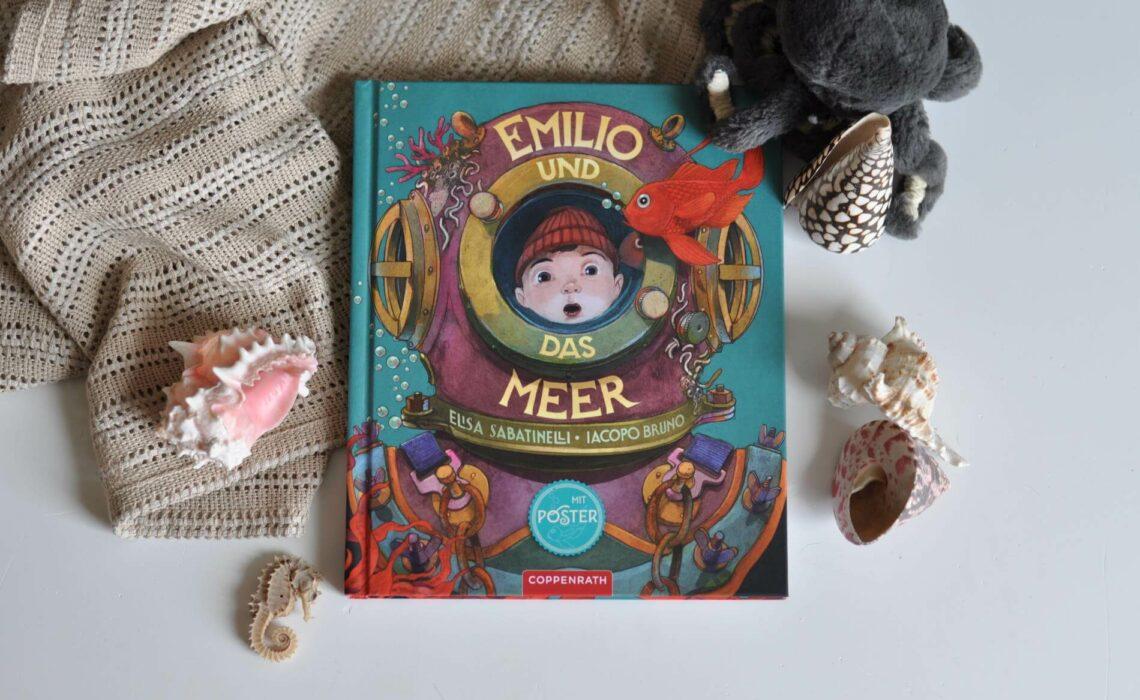 Emilio liebt das Meer! Und er liebt die Geschichten, die sein Opa ihm über das Meer erzählt. So wie die von der Perle auf dem Meeresgrund. Sie ist die kostbarste, die weißeste und die reinste Perle der Welt. Emilios Opa hat die Perle nie gesehen. Als Emilio zum ersten Mal mit seinem Papa tauchen gehen darf, findet Emilio die sagenumwobene Perle und nimmt sie mit nach Hause. #meer #geschichte #perle #seefahrer #tauchen #bilderbuch #vorlesen #leseanfänger #illustration #meergeschichte #meerliebe