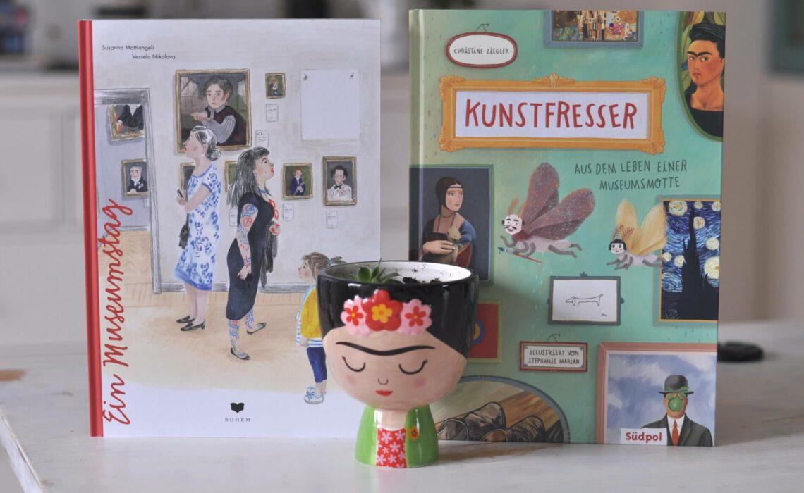 """In """"Ein Museumstag"""" von Susanna Mattiangeli und Vessela Nikolova geht es um das, was ein Kind während eines Museumsbesuch betrachtet und welche Gedanken ihm dabei durch den Kopf gehen. In """"Kunstfresser - Aus dem Leben einer Museumsmotte"""" von Christine Ziegler berichtet eine Motte vom Alltag zwischen Kunstwerken und liefert neben Fakten auch hilfreiche Tipps. #museum #kultur #sachbuch #sachbilderbuch #lesen #wissen #kunst #ausflug"""