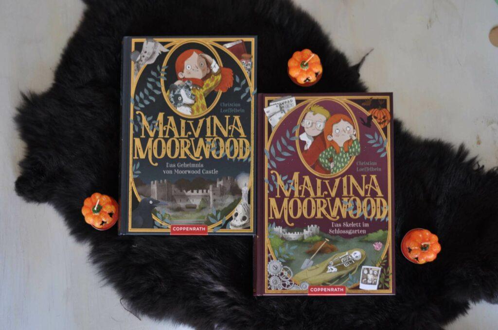 Malvina Moorwood ist clever, vorlaut und ziemlich fix – und das nicht nur, wenn es darum geht, den Nachtisch zu verputzen. Als ihre Eltern beschließen, das alte Familienschloss zu verkaufen, steht für Malvina sofort fest: Das kommt gar nicht in die Tüte! Mit Spürsinn, Geschick und einer gehörigen Portion Verwegenheit stürzt sie sich zusammen mit ihrem nerdigen Freund Tom in ein haarsträubendes Abenteuer zur Rettung Moorwood Castles. #kinderkrimi #detektiv #spukschloss #grusel #kinderbuch #lesen #buchtipp
