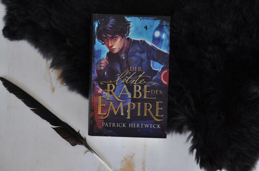 """Wir befinden uns im historischen London 1888. Eine Mordserie versetzt die Stadt in Angst und Schrecken. Voller Entsetzen verfolgt der Straßenjunge Melvin die Ereignisse, denn er kannte jedes einzelne Opfer. Als auch noch das Mädchen, in das er heimlich verliebt ist, von dem gesuchten """"Jack the Ripper"""" getötet wird, setzt er alles daran, den Mörder aufzuspüren. #fantasy #london #hisorisch #mörder #vampir #untote #okkult #jugendbuch #lesen"""