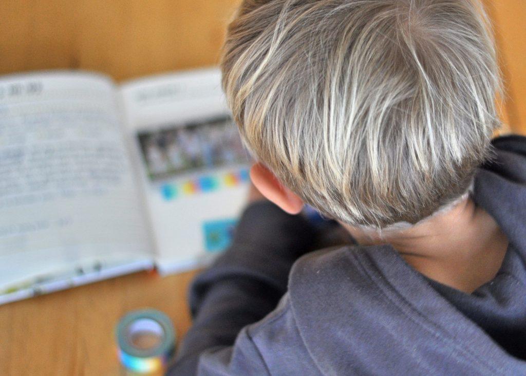 Erlebnisse sammeln mit dem Kinder Künstler Erlebnis Sammelbuch, Tagebuch für Kinder, Erinnerungen aufbewahren, Übung für Schreibanfänger, meine Rezension auf dem Blog