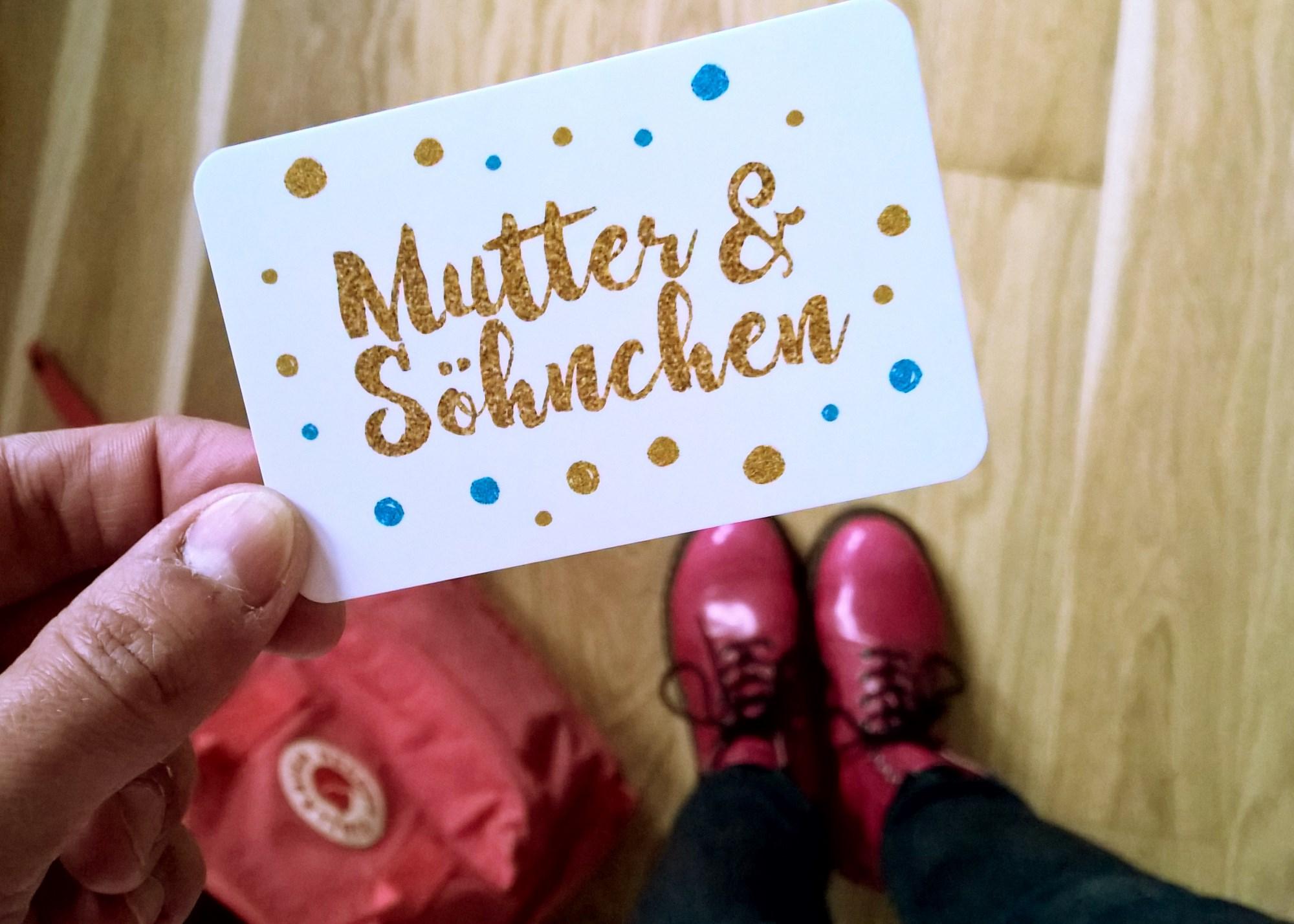 Mutter und Söhnchen - 1000 Fragen an misch selbst