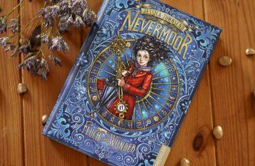 Nevermoor – Fluch und Wunder – Magisches Fantasy-Abenteuer