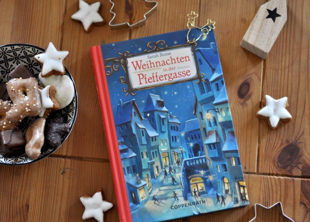 Weihnachten in der Pfeffergasse, Weihnachtskrimi für Kinder, Kinderbuch für die Weihnachtszeit ab 10 Jahre, Weihnachtsbuch, in dem ein Buchladen gerettet werden muss, mehr außergewöhnliche Kinderbücher für Weihnachten auf dem Blog
